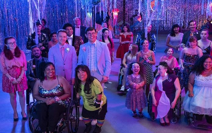 İzleyin: Netflix'in Special Dizisi İki Yeni LGBTİ+ Karakterle Geri Dönüyor