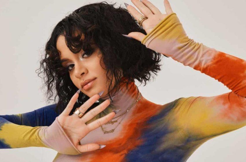Şarkıcı Kehlani Canlı Yayında Lezbiyen Olarak Açıldı