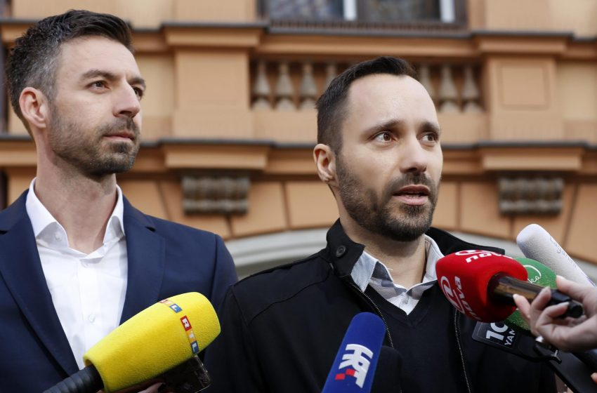 5 Yıllık Mücadeleyi Kazanan Ivo ve Mladen, Hırvatistan'da Çocuk Evlat Edinen İlk Eşcinsel Çift Oldu