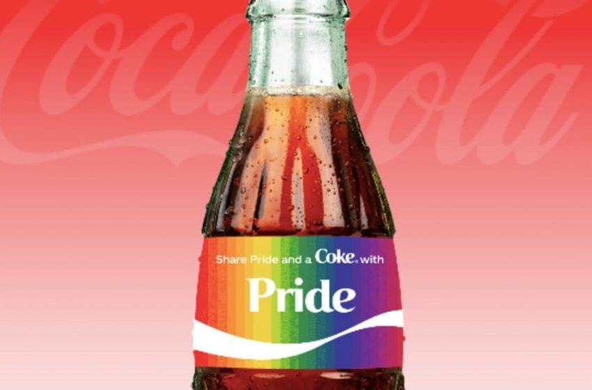 Coca Cola'nın Kişiselleştirilebilir Şişelerinde Lezbiyen Kelimesine İzin Vermemesi Tepki Çekti!