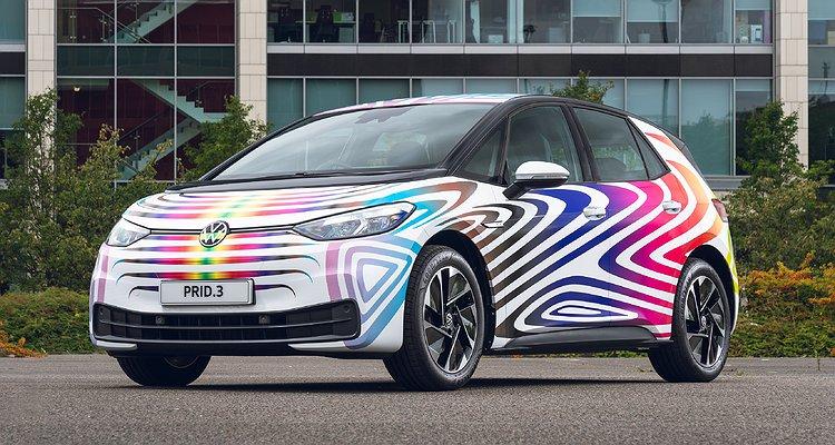 Volkswagen Pride'dan Esinlenen Yeni Arabasını Tanıttı